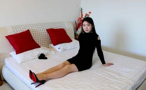 Sexy Stiletto Girl - Angelina - 001