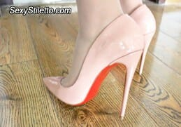 HighHeelsVideo1080HD1024-Anna