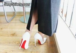 HighHeelsVideo1080HD1163-Skyla